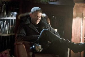 """The Flash -- """"Running to Stand Still"""" -- Image: FLA209b_0021b.jpg -- Pictured: Wentworth Miller as Leonard Snart -- Photo: Katie Yu/The CW -- © 2015 The CW Network, LLC. All rights reserved."""