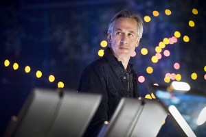 """Arrow -- """"Monument Point"""" -- Image AR421b_0005b.jpg -- Pictured: Tom Amandes as Noah Kuttler/Calculator -- Photo: Dean Buscher/The CW -- © 2016 The CW Network, LLC. All Rights Reserved."""