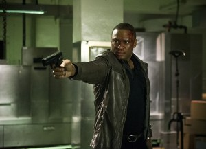 """Arrow -- """"Genesis"""" -- Image AR420a_0338b.jpg -- Pictured: David Ramsey as John Diggle -- Photo: Diyah Pera/The CW -- © 2016 The CW Network, LLC. All Rights Reserved."""