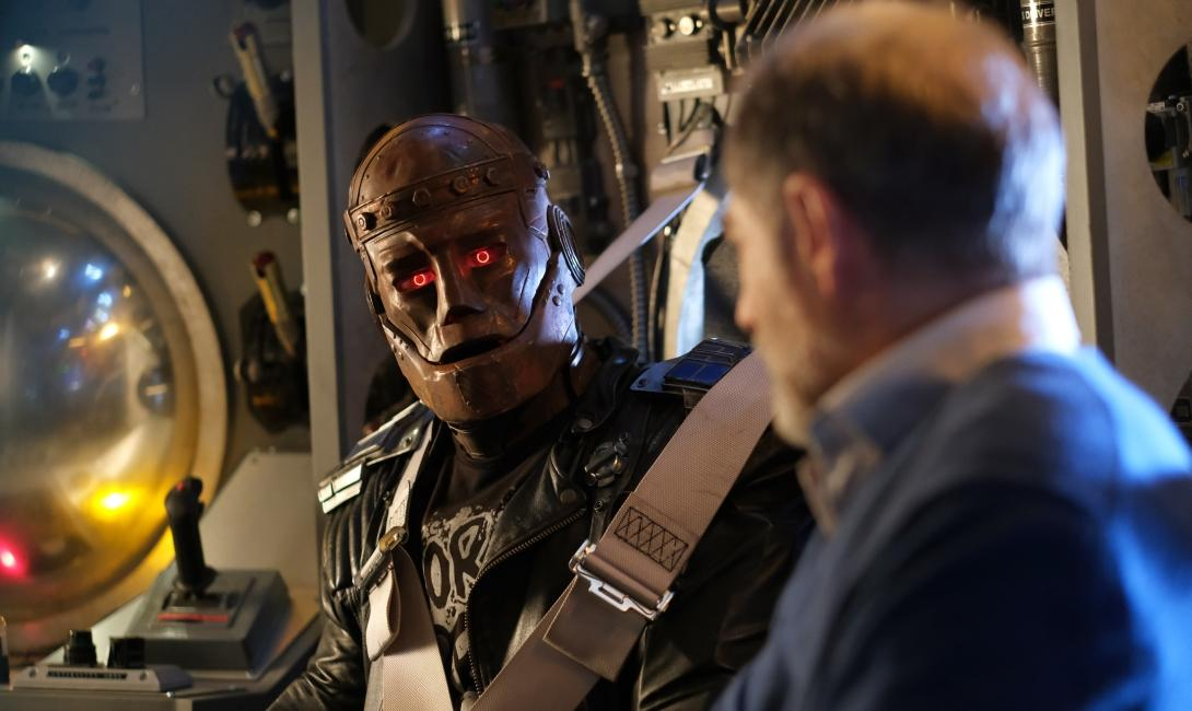 Doom Patrol 2x06 - Space Patrol