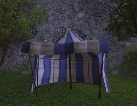 Tente Bleue et Blanche