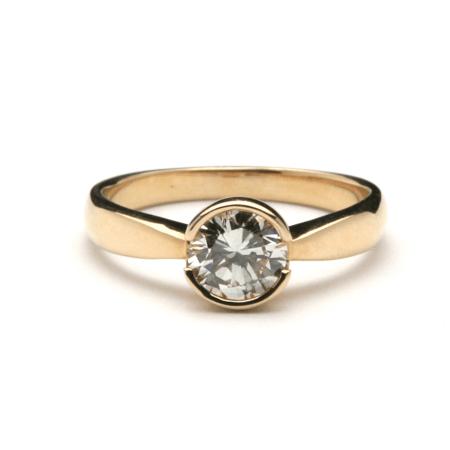 Semi Bezel Pinched Diamond Ring 1