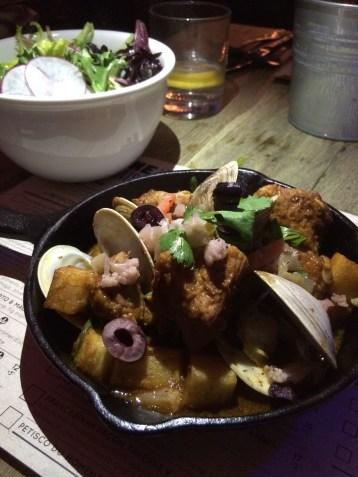 Ragoût de porc et palourdes