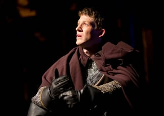 Zach Appleman as Henry V (Photo: Scott Suchman)