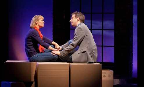 Jamie (James Gardiner) and Cathy (Erin Weaver) (Photo: Teresa Wood)