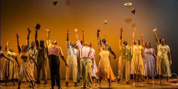 The cast of The Gershwin's Porgy and Bess at National Theatre (Photo: Michael J. Lutch)