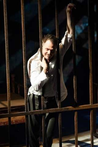 Mitchell Jarvis as Macheath (Photo: Margot Schulman)