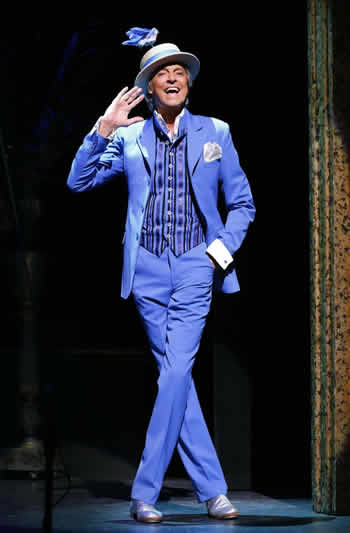 "Tommy Tune in ""Lady, Be Good!"" (Photo: Carol Rosegg)"