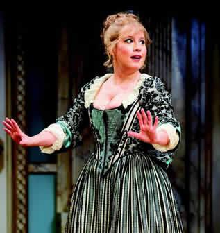 Dina Thomas as Lisette (Photo: Scott Suchman)