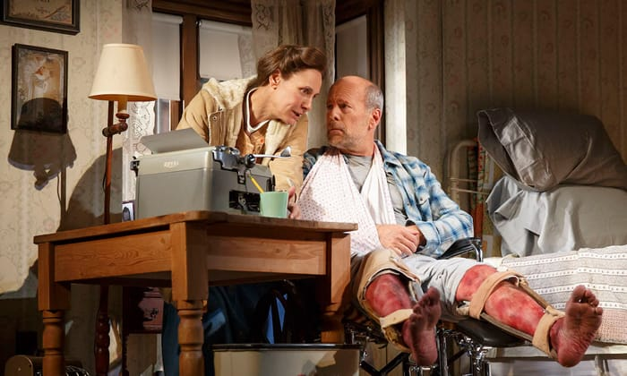 Laurie Metcalf as Annie Wilkes and Bruce Willis as Paul Sheldon in Misery (Photo: Joan Marcus)
