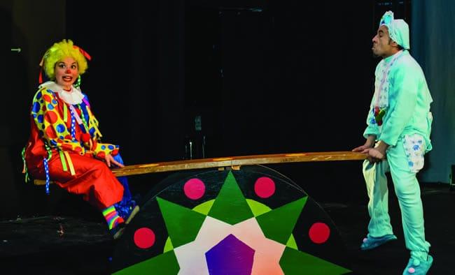 Sharon Desiree and Alex Iraheta in The World Is a Handkerchief at GALA Hispanic Theatre. (Photo: Stan Weinstein)
