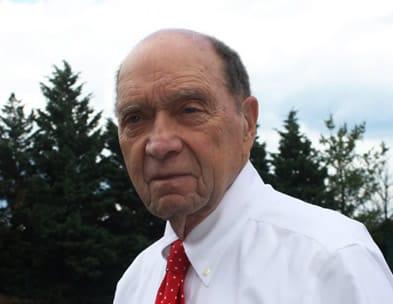 Recent photo of journalist Sid Davis