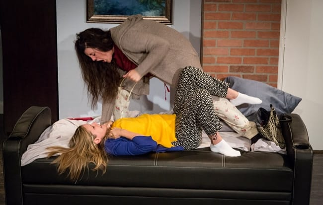 (l-r) Shea-Mikal Green (as Daphna); Julia Becker (as Melody) in Bad Jews at Maryland Ensemble Theatre (Photo: Joseph Williams)