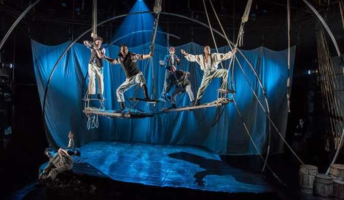 The cast of the Lookingglass Theatre production of Moby Dick (Photo: Liz Lauren/Lookingglass Theatre