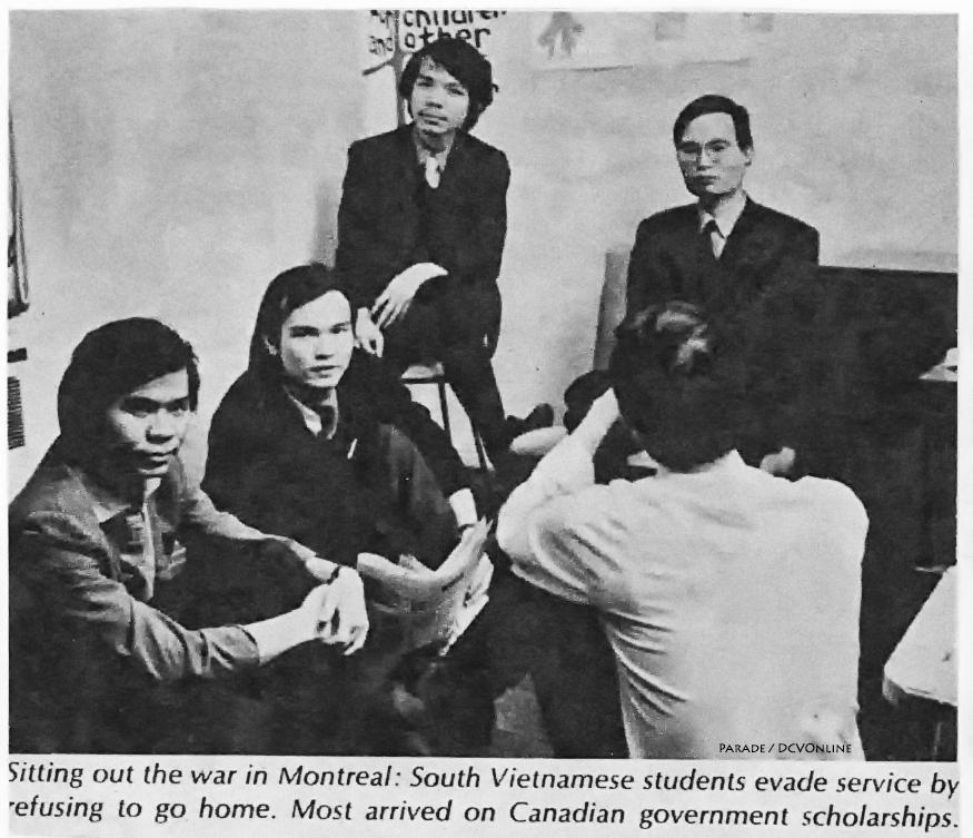 """Sinh viên """"yêu nước"""": (từ trái qua phải): Lương Châu Phước, Đỗ Đức Viên, Trần Tuấn Dũng, và Nguyễn Văn Nhã. 1970. Nguồn: Tạp chí PARADE"""