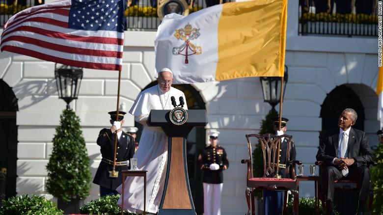 Giáo Hoàng Francis tại sân phía Nam Nhà Trắng. Nguồn: Getty Images