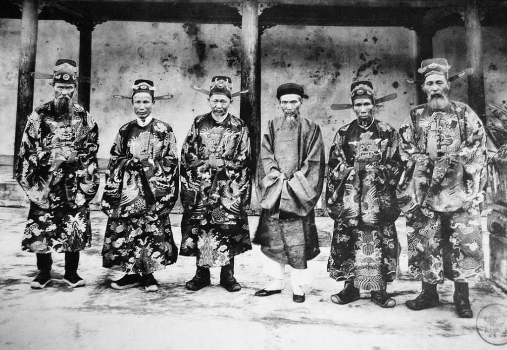 Đại thần nhà Nguyễn. Nguồn: Pierre Dieulefils  (1888-1925 tại Vieetjt Nam)