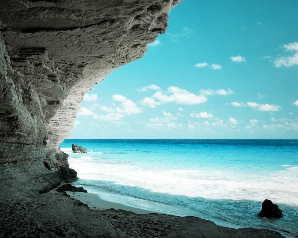 Biển xanh. Nguồn: OntheNet