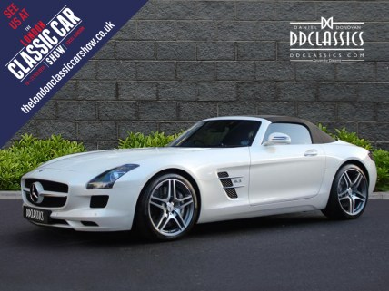 White Mercedes Bemz AMG SLS For Sale 1