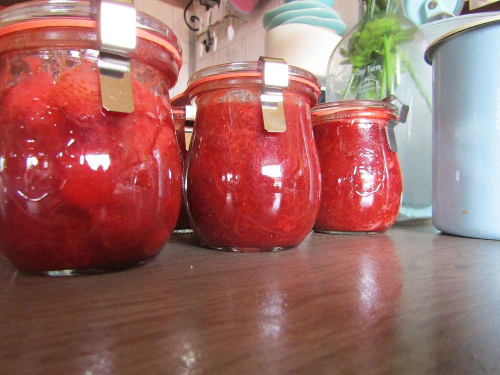 erdbeerkonfituere-erdbeer-konfituere-marmelade