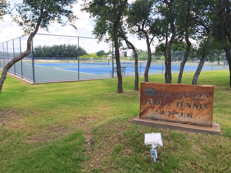 Photo of The Cliffs tennis center