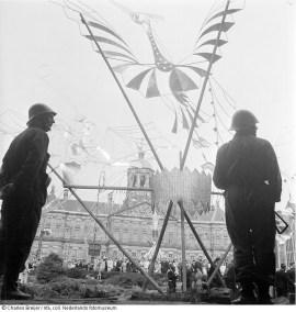 Voorlopig oorlogsmonument op de Dam