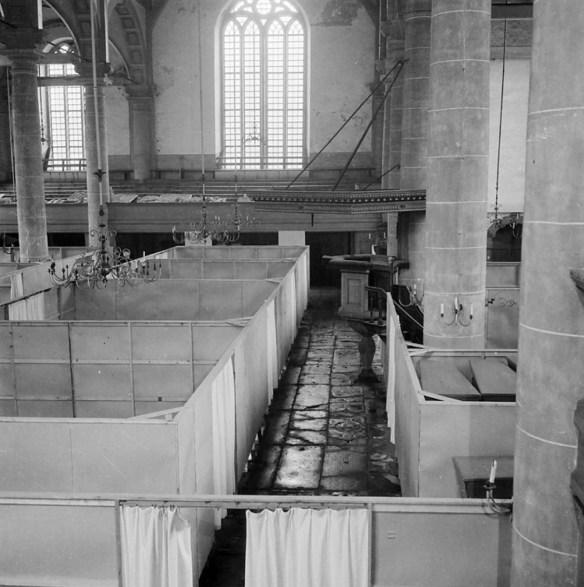 Mortuarium in de Zuiderker. Foto: Cas Oorthuys, collectie Nederlands Fotomuseum