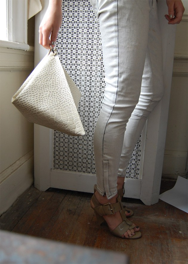 DIY Celine Structured Clutch, How t0, Women's Fashion, Fall 2013, Worn with Helmut Lang Jeans, Chloe Sandals, Raquel Allegra Tee   DeSmitten