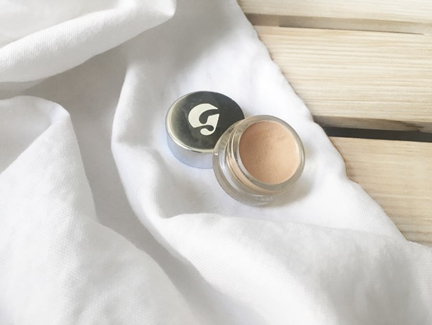 glossier-stretch-concealer-non-toxic-beauty-desmitten
