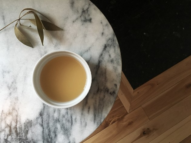 beauty-supply-natural-detangler-apple-cider-vinegar-uses-desmitten