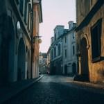 dark-quaint-street—Bruno-