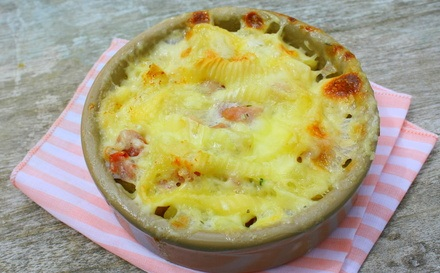 Kalb Schnitzel mit Soja und Käse Tartiflette