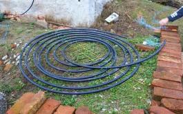 ...erste Lage Wasserleitung..