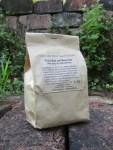 Fuss-Bad mit Meersalz verpackt im Papier Beutel braun
