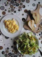 Rohkost Salat mit Rührei