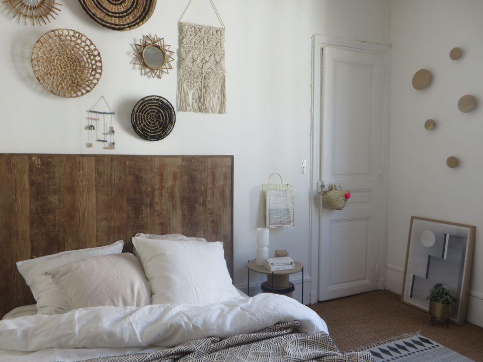 une tete de lit imaginee et creee