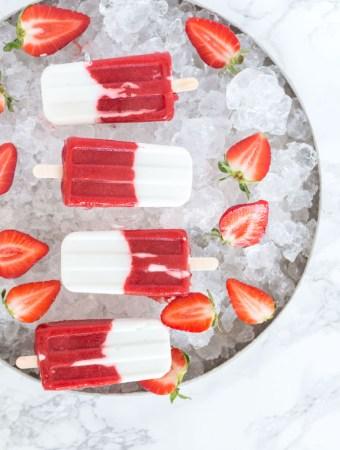 Gesunde Erdbeer-Kokos-Popsicles