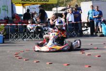 Julia Küster mit Mach1 Slalom Kart