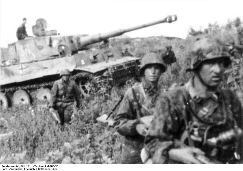Datei:Bundesarchiv Bild 101III-Zschaeckel-206-35, Schlacht um Kursk, Panzer VI (Tiger I).jpg