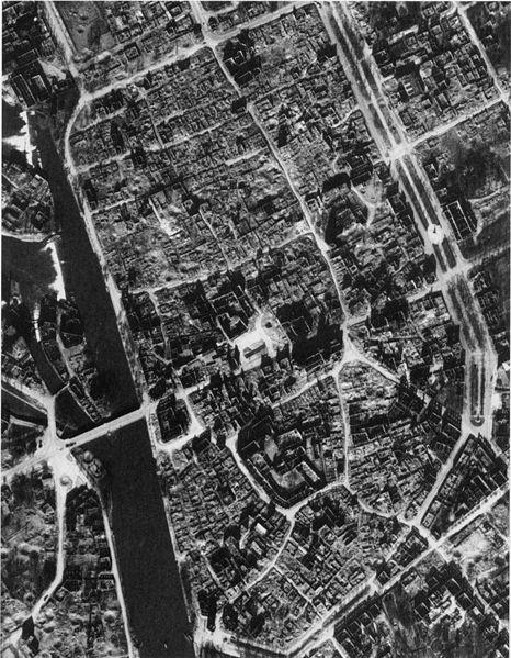 Datei:Heilbronn 19450323.jpg