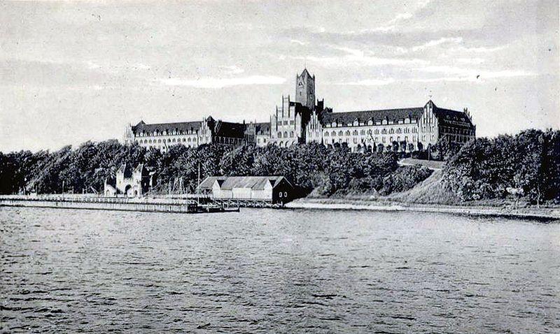 Datei:Marineschule Flensburg-Mürwik.jpg