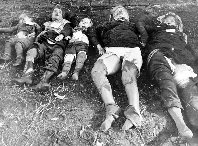 Datei:Das Massaker an Deutschen durch Sowjet-Russen in Nemmersdorf, Oktober 1944.jpg