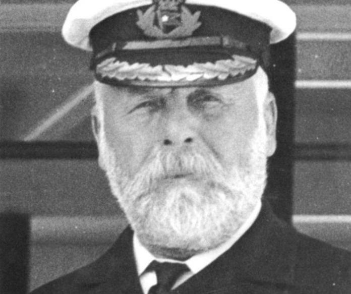 titanic, hundimiento del titanic, fantasmas del titanic, leyendas del titanic, edward smith, capitan titanic