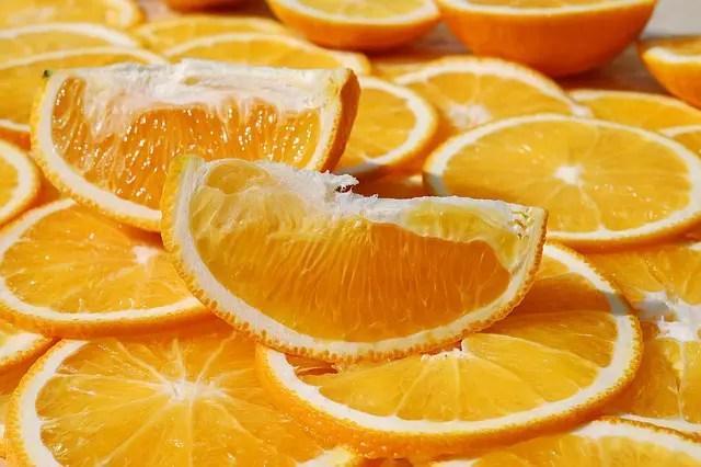 schijfjes sinaasappel waar veel vitamine c inzit.