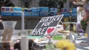 A sign demanding justice for Breonna Taylor