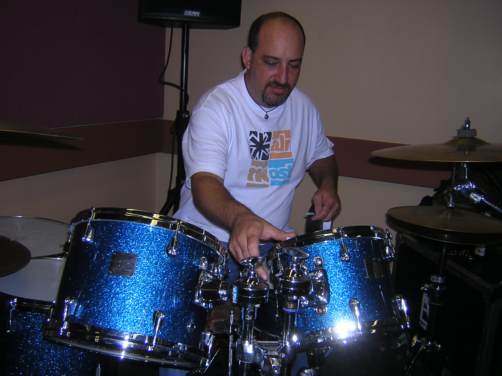 Mitch with the blue Maple Sparkling kit