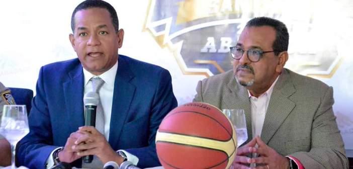 ABASACA reelige a Julio César Valentín presidente del Comité Organizador Baloncesto