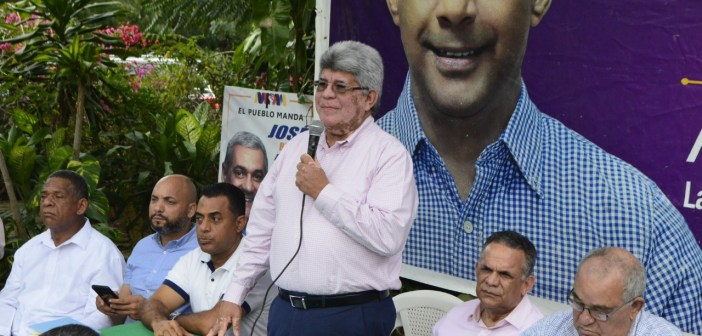 Fernando Rosa dice oposición quiere crear crisis política
