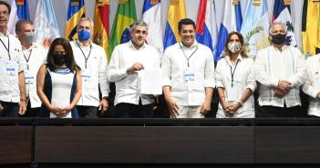 Ministros de turismo se comprometen a recuperar industria