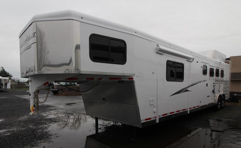 horse trailer classifieds